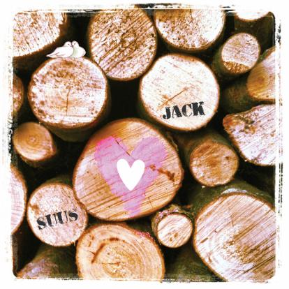 stijlvolle-trouwkaart-hart-op-hout